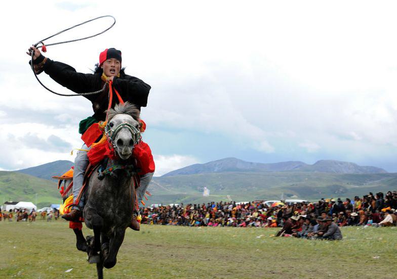 Tibet_med Litangfestivalen_häst_1