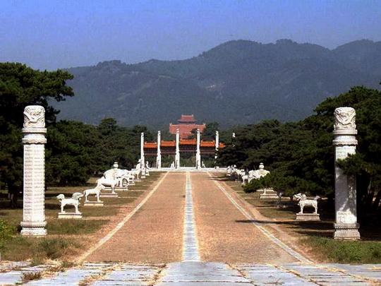 Kejsargrav Qianlong_1